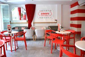 Cafetería de diseño en porcelánicos