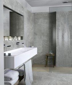 gres porcelánico para baños con estilo propio