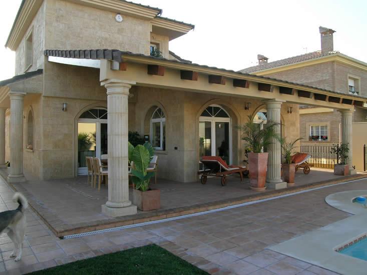 detalle porche exterior