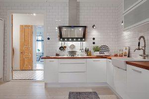 Decoración con azulejo metro blanco